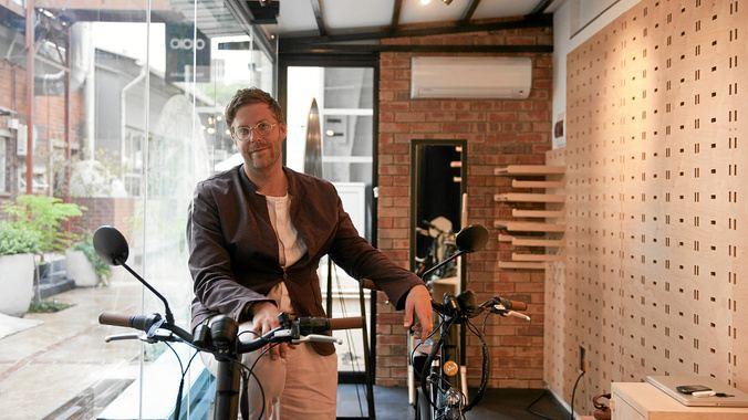 Vincent Truter and the electric bicycle